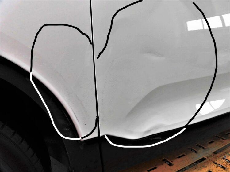 VOLVO XC40 T5(フロントフェンダー・ドア)ヘコミ・キズの修理料金比較と写真 初年度R1年、型式XB420XC