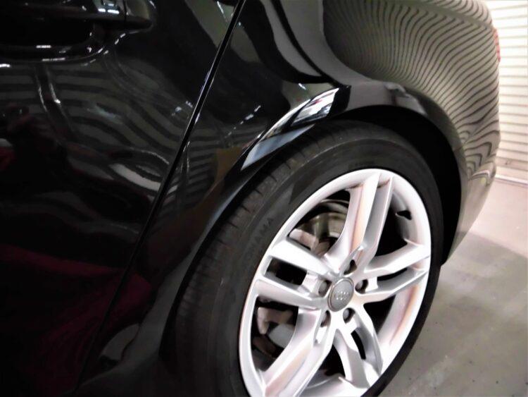 Audi A4 B8系(フェンダー・クォーター・バンパー)キズ・ヘコミの修理料金比較と写真 初年度H27年、型式8KCDN