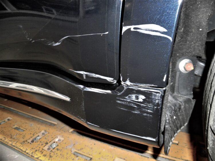 ヴェゼル(ドア・サイドシルガーニッシュ・アーチプロテクター)キズ・ヘコミの修理料金比較と写真 初年度R1年、型式RU4